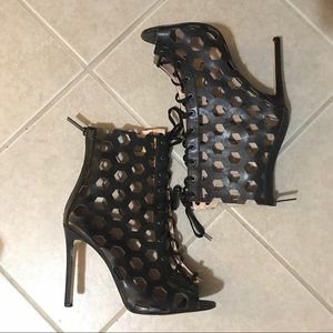 Sexy caged bebe booties with zipper (SIZE 9)